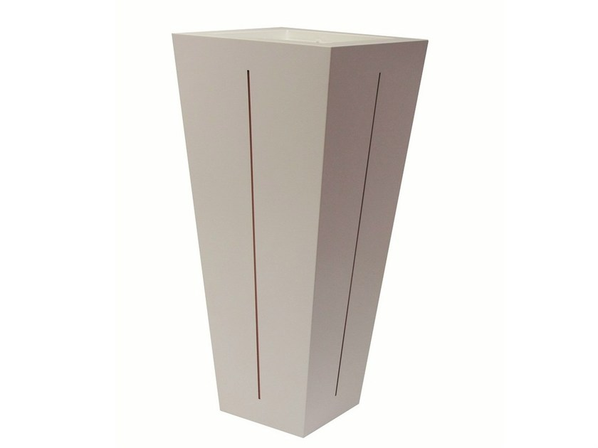 Iron vase POT-L-BIC - Vela Arredamenti