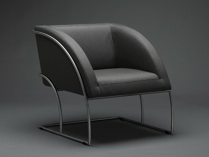 Cantilever armchair with armrests ISUÉ - mminterier