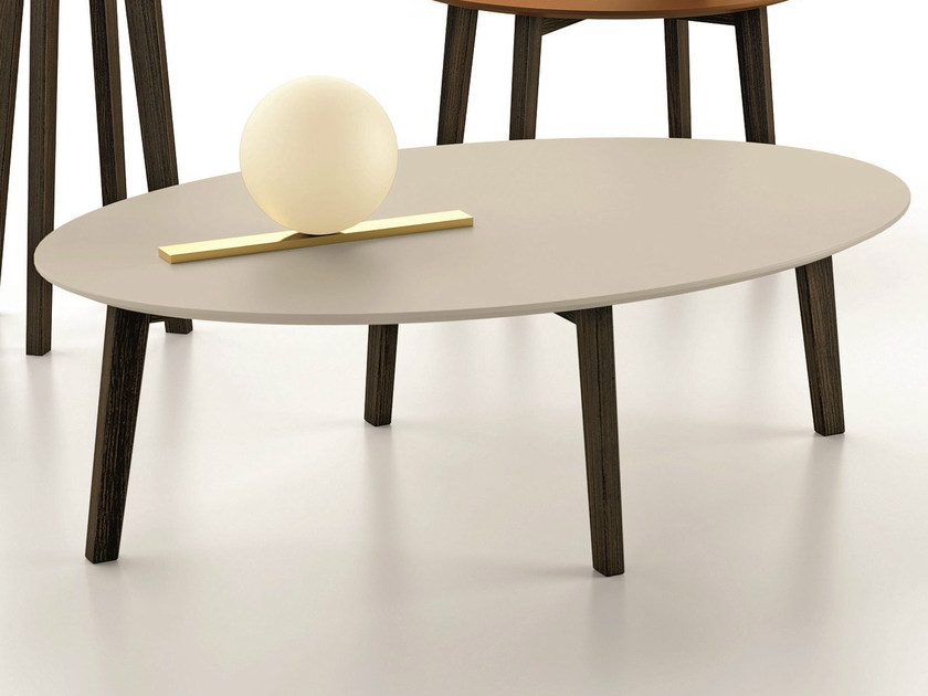Lacquered oval coffee table ZOE | Oval coffee table - Dall'Agnese