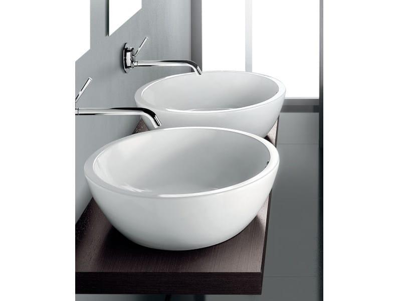 Arredo bagno completo in ceramica oval a e t italia - Arredo bagno milano est ...