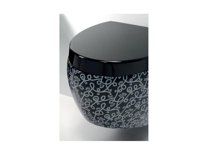 Arredo bagno completo in ceramica oval a e t italia for Cataloghi arredo bagno