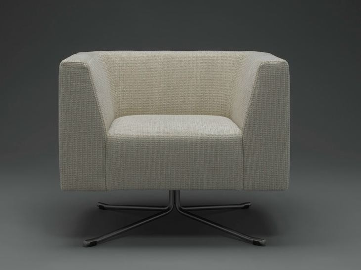 Armchair with 4-spoke base SOHO | Armchair by mminterier