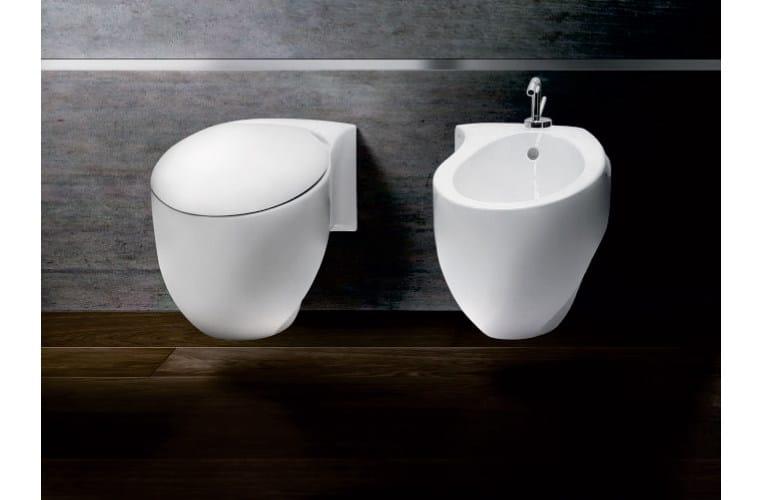 Arredo bagno completo in ceramica accent a e t italia for Ceramica arredo bagno