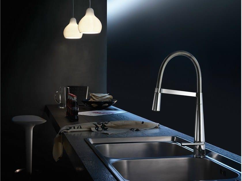 Miscelatore da cucina cromato monoforo con doccetta - Miscelatore cucina con doccetta ...