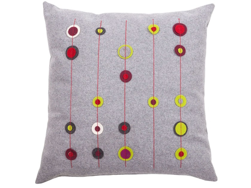 Hand embroidered fabric cushion CIRCLES - True Design