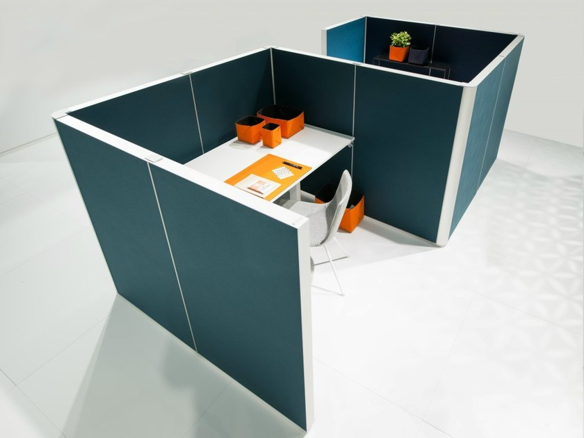 Sound absorbing workstation screen ALUMI ALCOVE by Abstracta