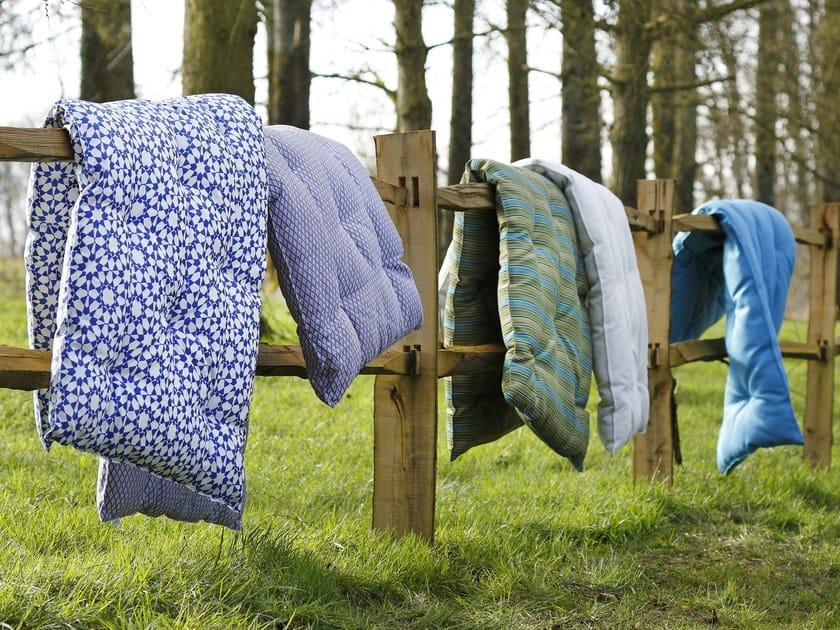 topper in lana by le lit national. Black Bedroom Furniture Sets. Home Design Ideas