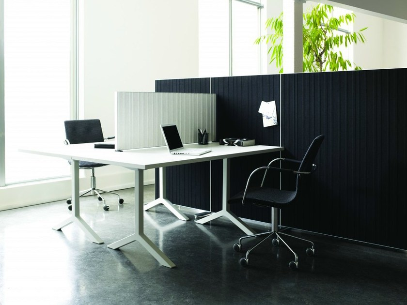 Sound absorbing workstation screen desktop partition ALUMI | Workstation screen desktop partition - Abstracta