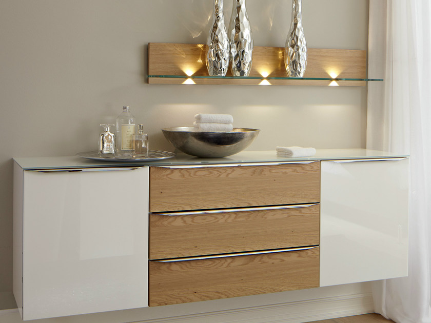 Lacquered wallstanding chest of drawers METIS PLUS | Oak chest of drawers - Hülsta-Werke Hüls