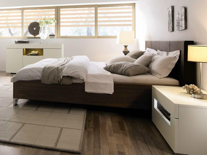 Walnut double bed ELUMO II | Walnut bed - Hülsta-Werke Hüls