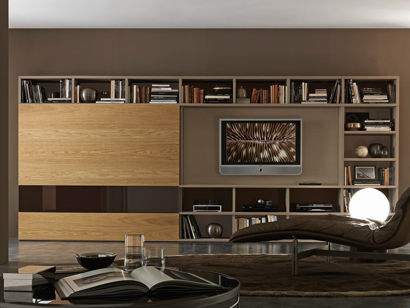 Sectional lacquered TV wall system Pari&Dispari - COMP 336 by Presotto