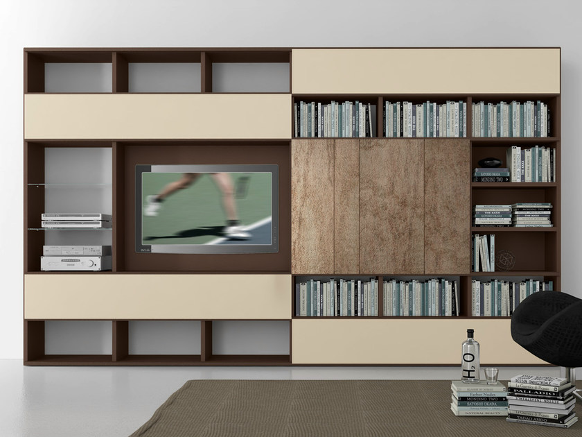 Sectional lacquered TV wall system Pari&Dispari - COMP 326 by Presotto
