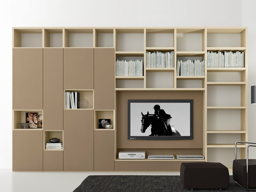 Sectional lacquered TV wall system Pari&Dispari - COMP 308 by Presotto