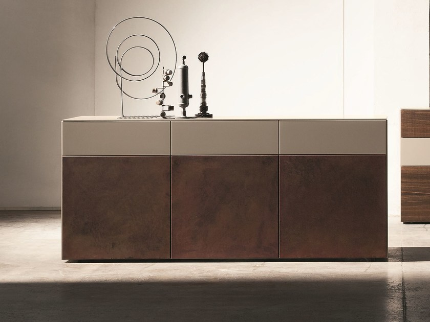 Lacquered sideboard with doors INCLINART | Sideboard - Presotto Industrie Mobili