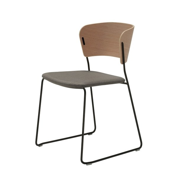 Sled base chair ARC | Upholstered chair by Inclass Mobles