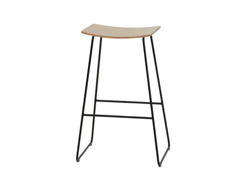 High wooden stool TAO | High stool - Inclass Mobles