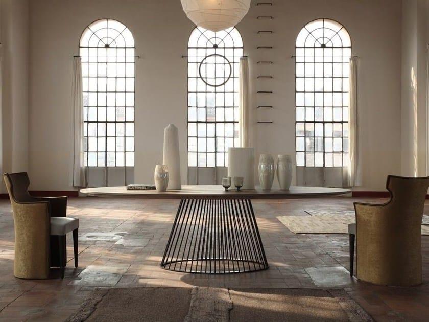 Tavolo ovale in stile moderno venezia tavolo colli casa for Stile moderno casa colonica
