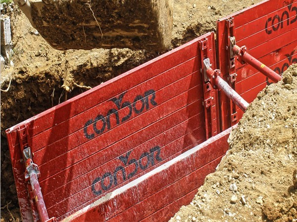 Trench lining MA self-sinking system by Condor