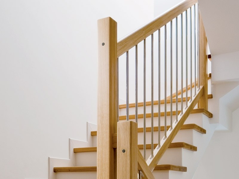 Steel and wood Stair railing TRASFORMA | Steel and wood balustrade - RINTAL