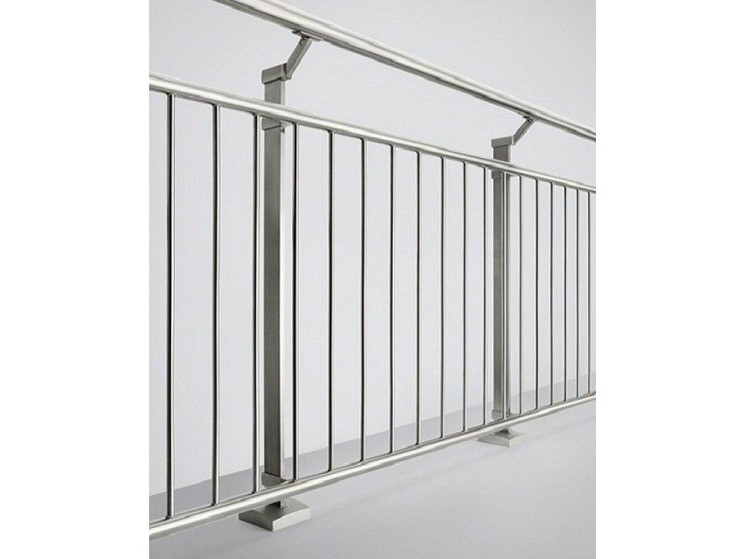 Glass and steel balustrade LINEAR LINE | Glass and steel balustrade - Q-RAILING ITALIA