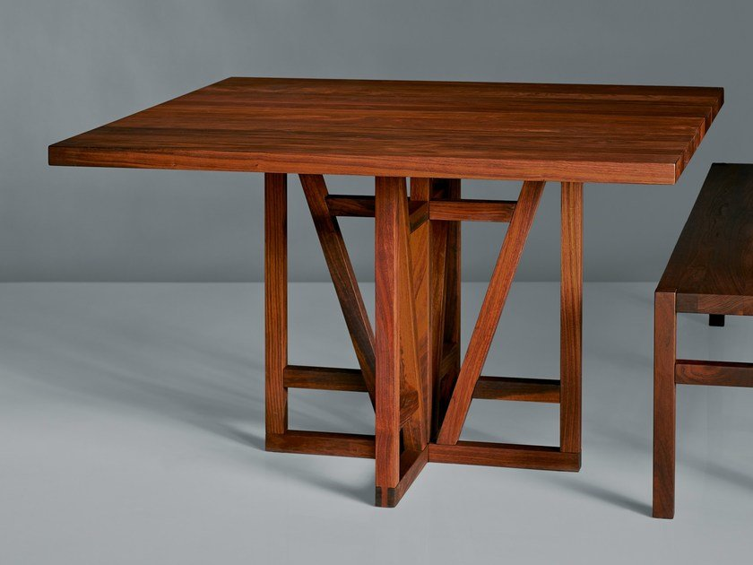 Square solid wood table FACHWERK | Square table by Vitamin Design