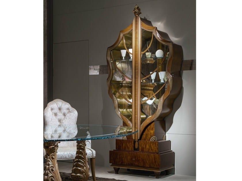 Wooden display cabinet LA FOGLIA - Carpanelli Classic