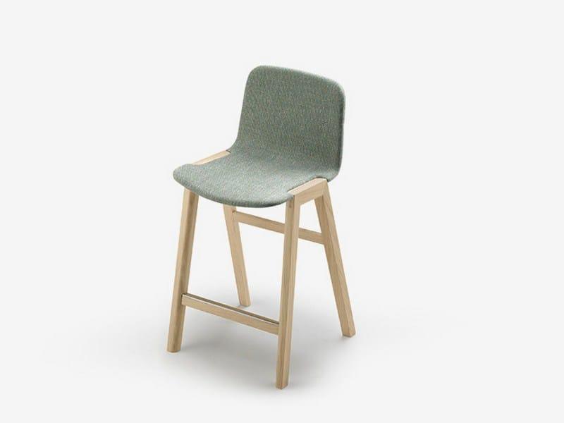 Fabric chair HELDU | Chair by ALKI
