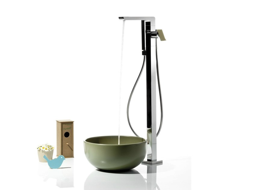 Floor standing bathtub mixer with diverter with hand shower TWEET | Floor standing bathtub mixer - RUBINETTERIE RITMONIO