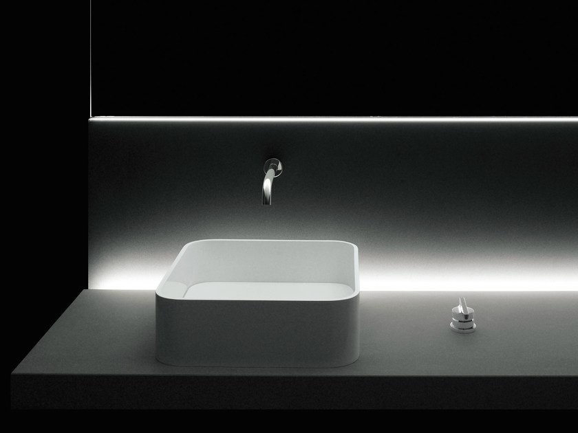Countertop single washbasin PIANURA | Countertop washbasin by Boffi