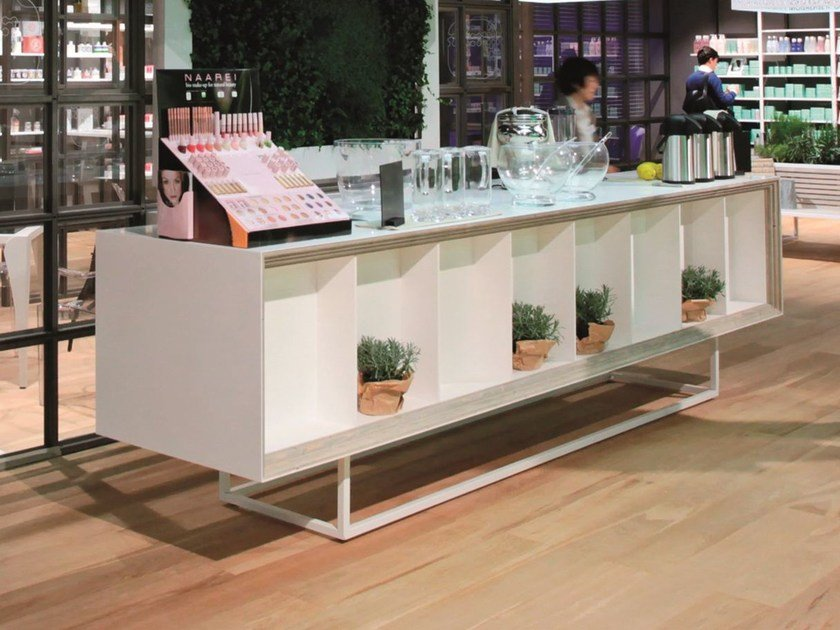 Solid Surface® retail display unit GETACORE® | Retail display unit - GetaCore® by Westag & Getalit