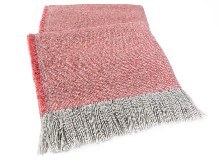 Solid-color linen blanket ESTIVA - e15
