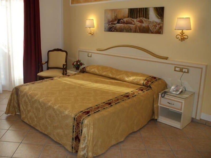 Double bed CRISTINA | Hotel bed - Mobilspazio