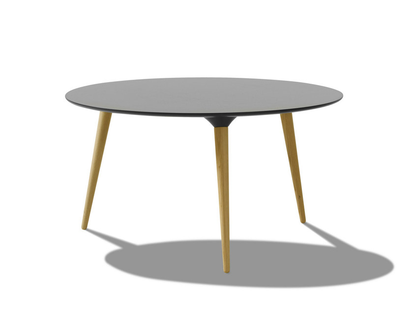 Lacquered round wooden coffee table ICICLE | Round coffee table - FREDERICIA FURNITURE
