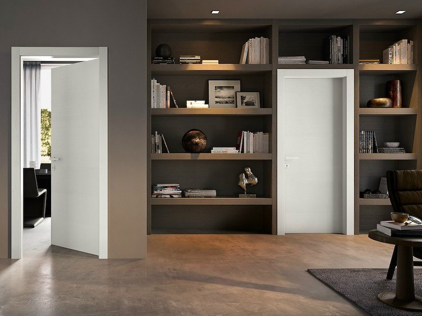Hinged lacquered solid wood door GABILIA | Lacquered door - GAROFOLI