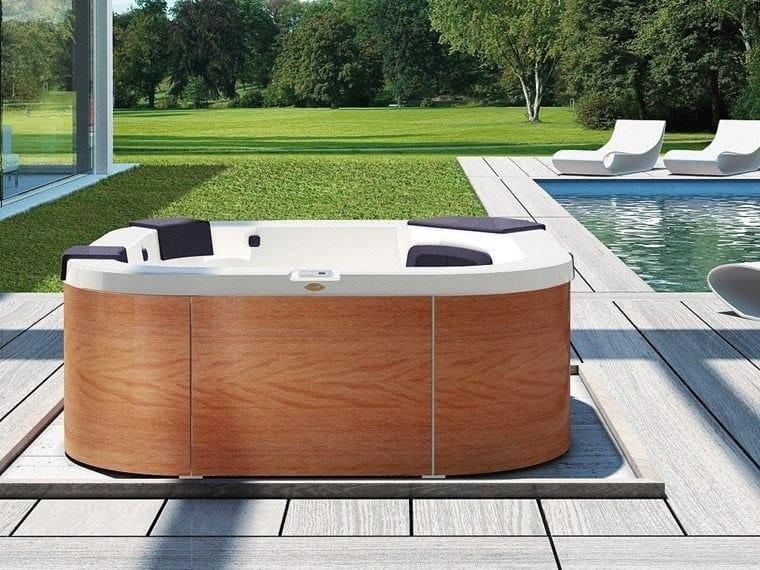 Above-ground hydromassage hot tub 4-seats DELFI - Jacuzzi Europe