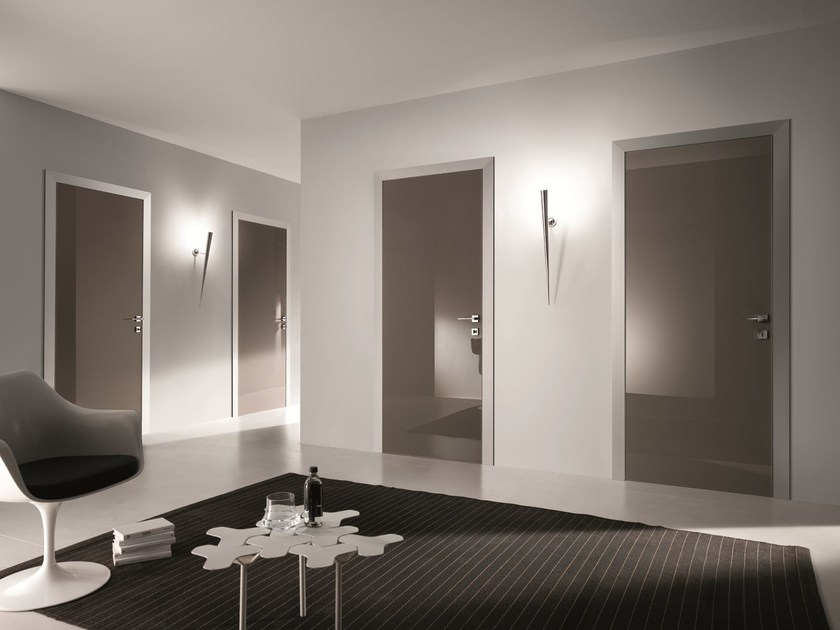 Porta a battente in vetro colorato bisystem porta in - Porte con specchio ...