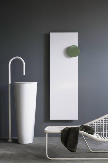 Termoarredo verticale in alluminio square termoarredo - Termoarredo verticale ...