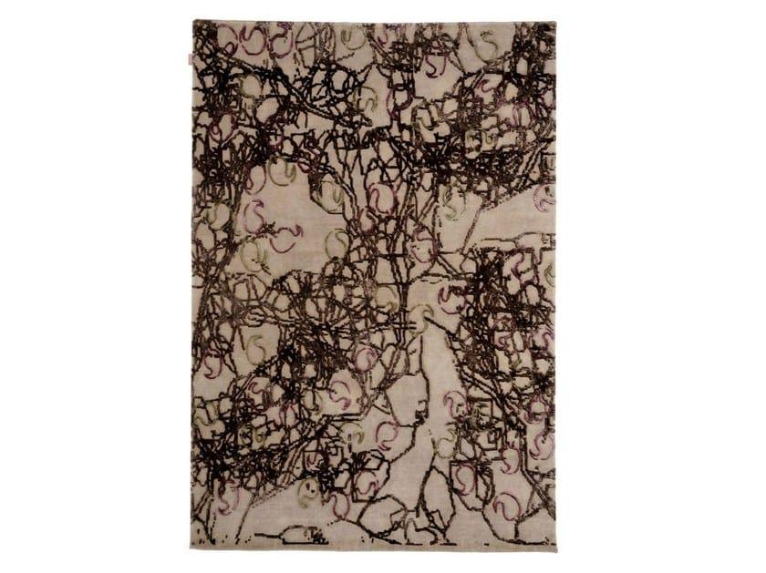 Patterned handmade rug PAISLEY - Warli