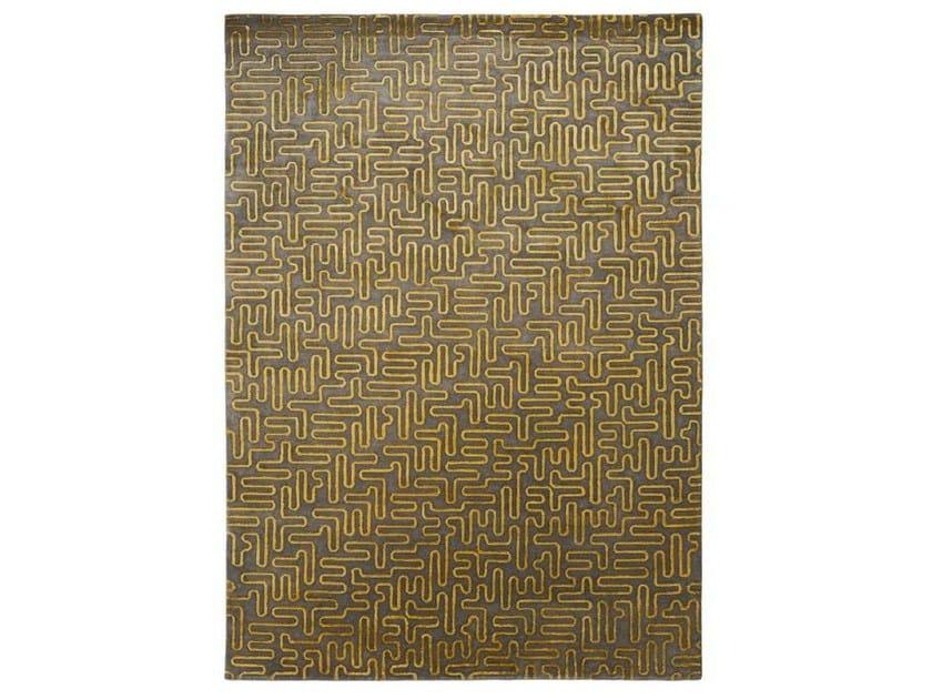Patterned handmade rug PIPES - Warli