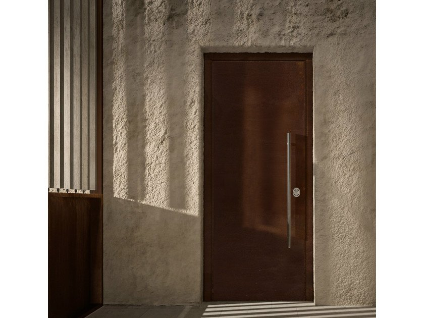 Multi-layer wood safety door SOVRANA | Multi-layer wood entry door by GAROFOLI