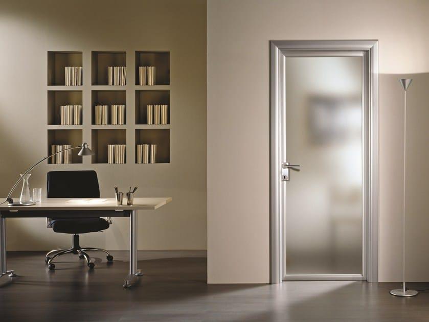Hinged satin glass door ANTHA | Satin glass door - GIDEA