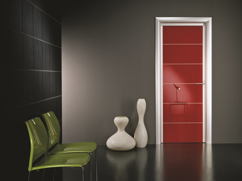 Hinged lacquered laminate door ANTHA | Lacquered door - GIDEA