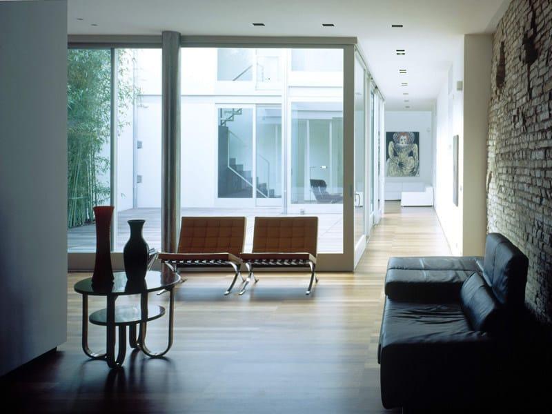 Finestra a taglio termico jansen janisol jansen for Dimensioni finestre velux nuova costruzione