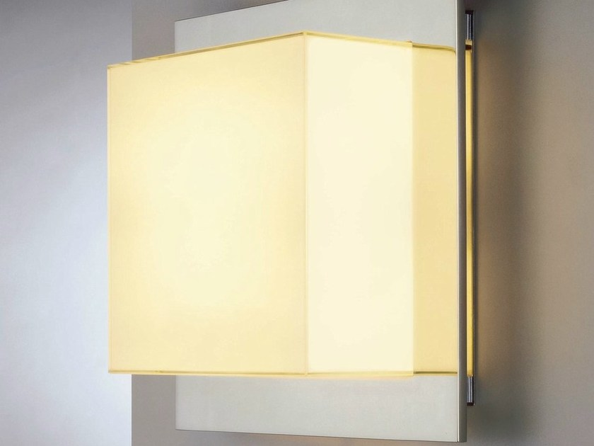 Halogen opal glass wall light PENN - Quasar