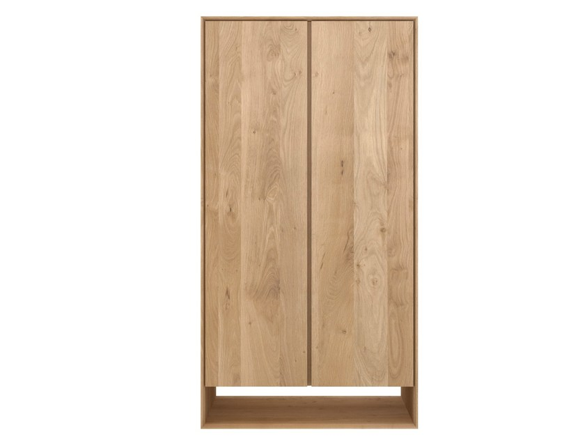 oak nordic kleiderschrank by ethnicraft. Black Bedroom Furniture Sets. Home Design Ideas