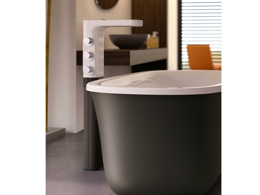Floor standing ceramic bathtub mixer BABELE | Bathtub mixer by Glass1989