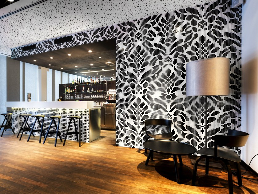 Glass mosaic WALLPAPER 2x2 by TREND Group