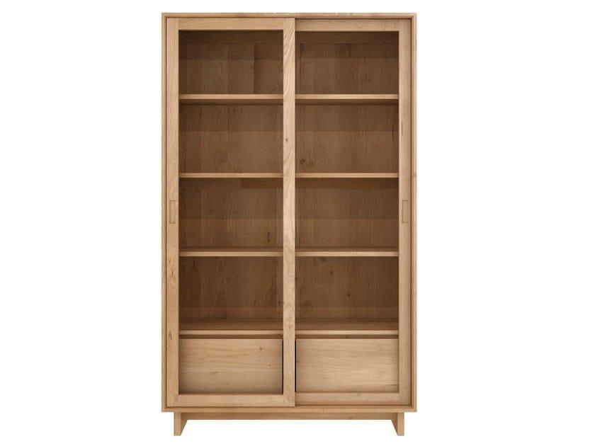 Solid wood display cabinet OAK WAVE | Display cabinet - Ethnicraft