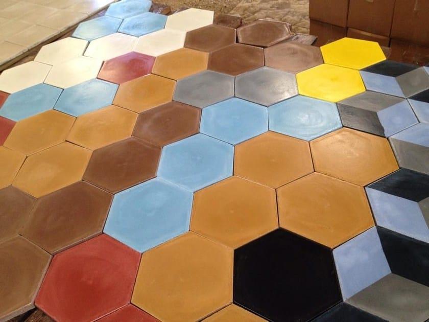 Pavimento rivestimento in cemento per interni ed esterni for Pavimento ceramico hexagonal