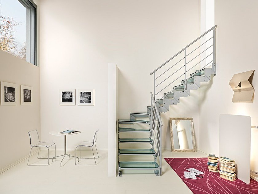 L-shaped self supporting beech cantilevered staircase DOMINO STYLE - Fontanot Spa